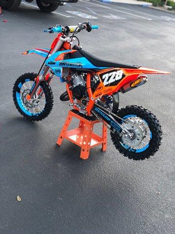 Moto-Flo-Orange